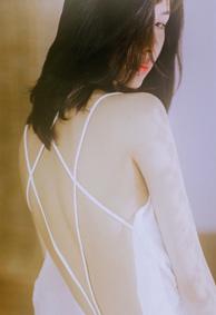 最唯美的女生皮肤伤感大全 青丝愁岁月红颜俱白首
