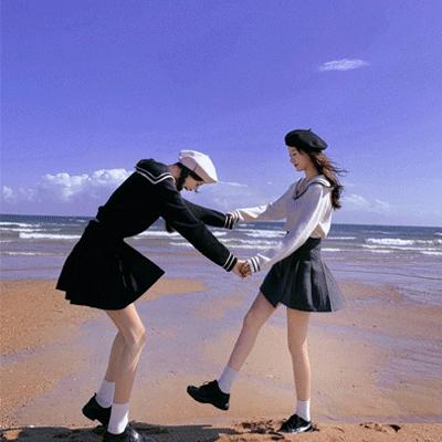 给女孩子爱情中的小建议说说 余生就充满期待的人