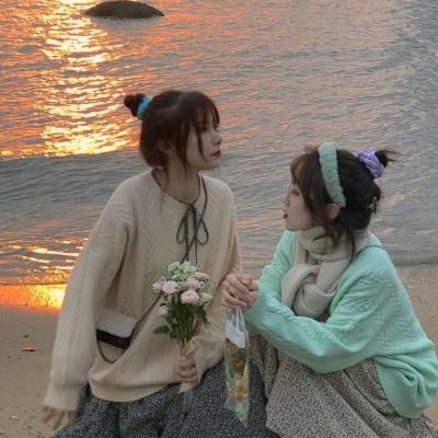 2021友谊万岁的二人可爱的闺蜜头像 很平常的一天放弃了一个很重要的人
