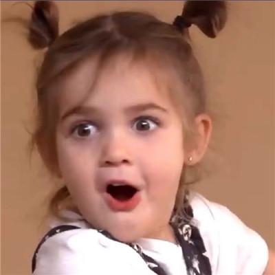 小网红Mila的搞怪日常表情包 2021超级可爱萌化人心的表情