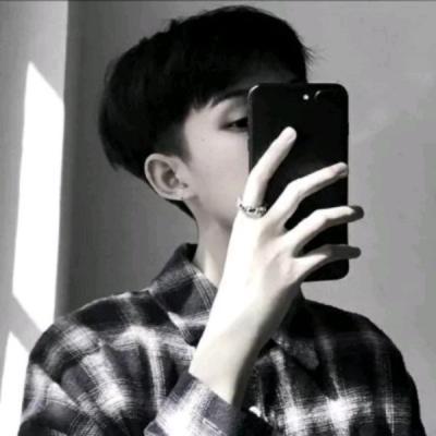 霸气男生头像手机控 窗外的天空无止境的黑
