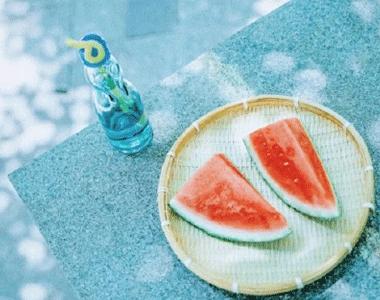 夏天朋友圈可爱文案 最新夏日小清新说说
