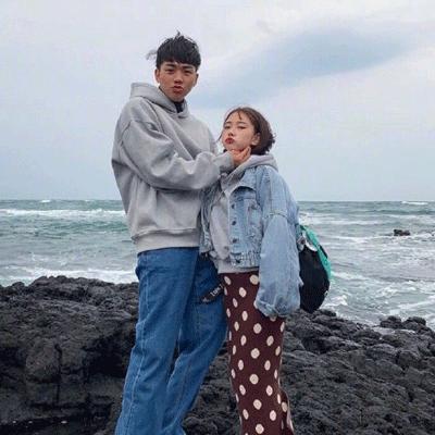 关于大海的幸福浪漫爱情经典说说 海风可以吹走所以烦恼