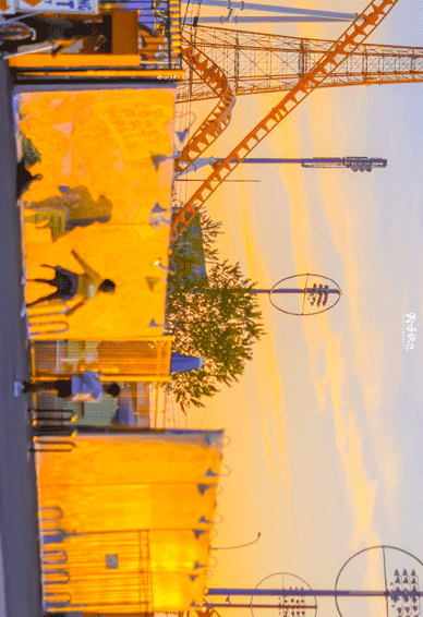 美好温暖干净的彩色城市图片素材 写了又删的才是心里话