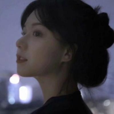 精选优质惊艳美女个性女生头像 爱会融化暴躁和不安