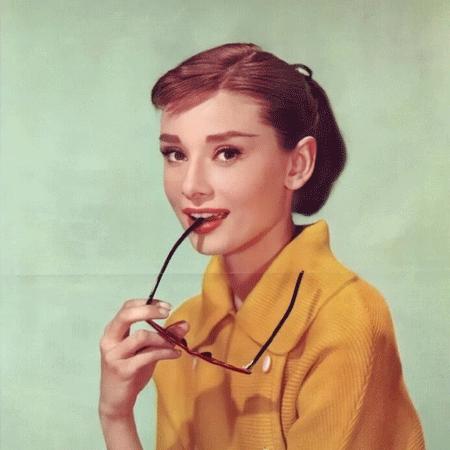 奥黛丽赫本唯美图片_奥黛丽赫本最美的高清素材
