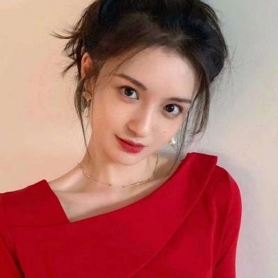 适合新年红色喜庆女生好看头像 值得庆幸的是我情绪恢复的比以往快了