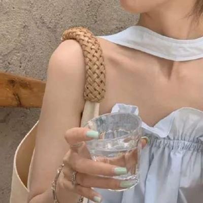 夏季专属的女孩高级部位头像不露脸大全-云奇网