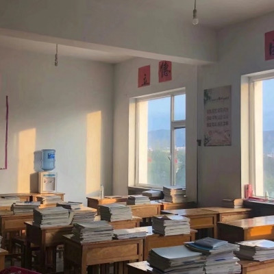 怀恋学生时代的教室头像 关于学校教室的头像图片