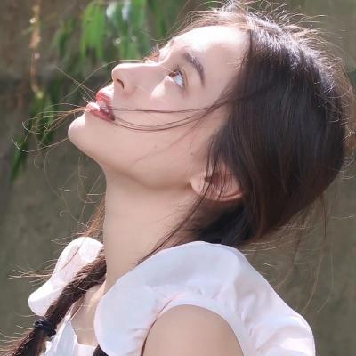 让人看着很舒心的夏季清纯美头像 让人赏心悦目的好看女头大全