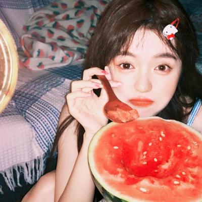 2021夏季吃瓜女孩魅力清纯真人头像 夏季从日落那一刻开始想你