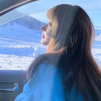 2021魅力蓝色系超级温柔的女头 愿夏天有温柔且漫长的爱