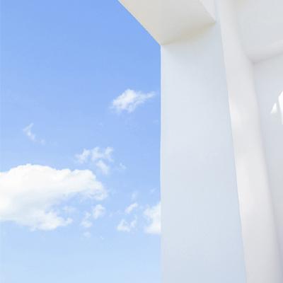 蓝色天空唯美又超级好看的背景图2021最新 唯一有效的安慰方式就是你在我身边