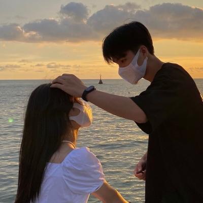 一男一女情头真人一人一张超甜最新 很撩人的真人浪漫情头