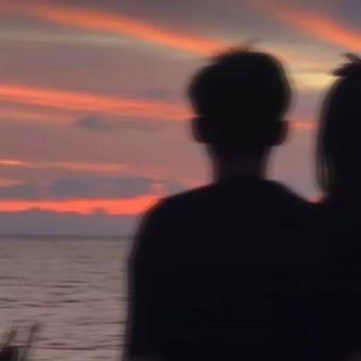 情侣头像真人一人一半配对颜值超高大全-云奇网