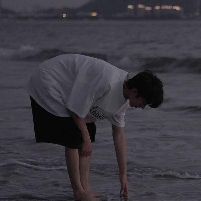 暗黑系超好看男生真人头像大全_希望阳光很暖微风不燥时光刚好你我都好
