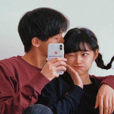恩爱又很有趣的双人质感的情侣头像_孤独是常态享受它也很快乐