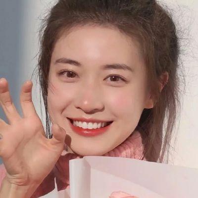 2021笑起来甜美女生好看的精致头像大全-云奇网