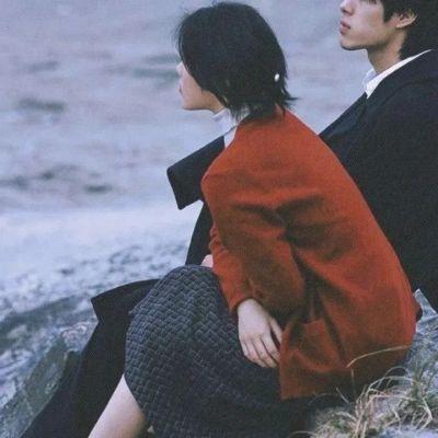复古风头像双人热恋情侣好看 不如早点睡梦里什么都有